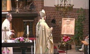 Onthulling gedenkplaat Mgr. Schraven Lottum